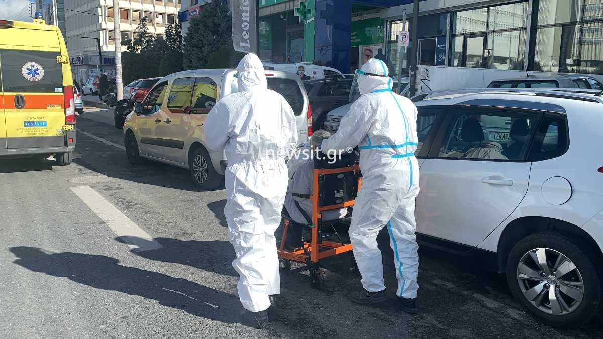 Δεκάδες κρούσματα κορονοϊού σε γηροκομείο στο Μαρούσι – 14 ήδη στο νοσοκομείο