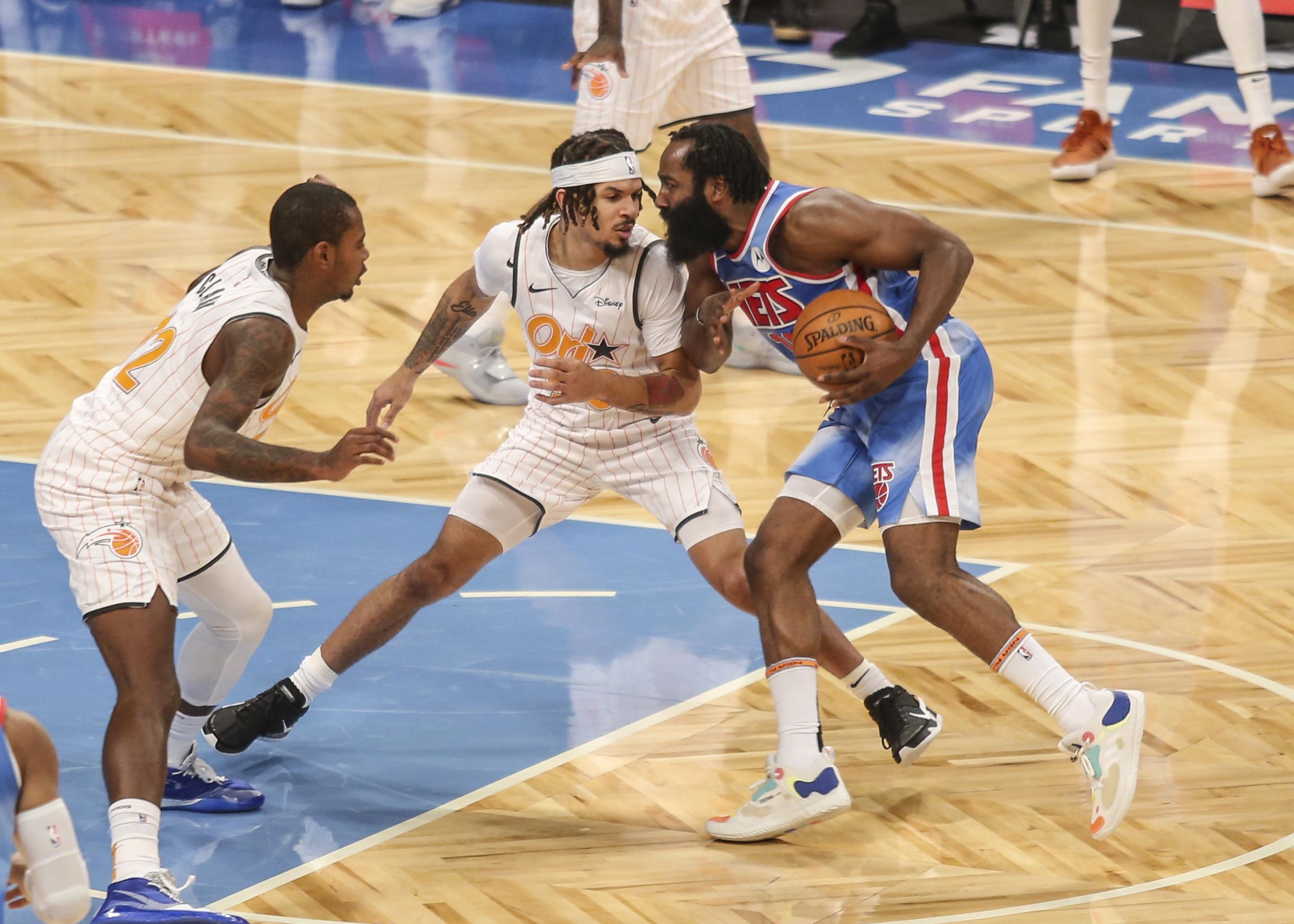 NBA: Ονειρικό ντεμπούτο για Χάρντεν (video)