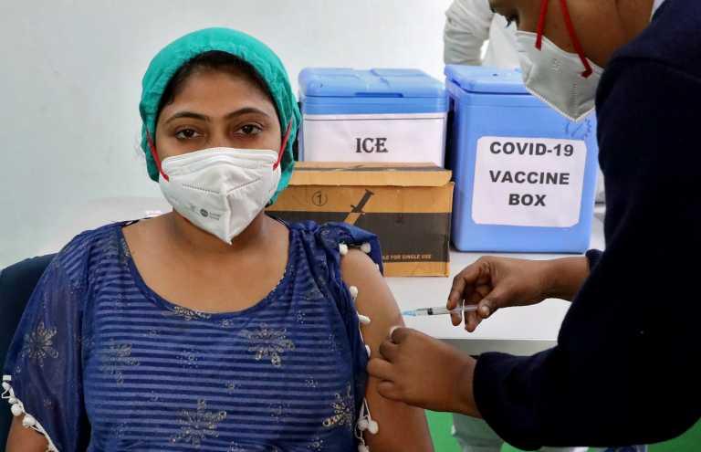 Κορονοϊός: Δεκάδες χιλιάδες άνθρωποι στην Ινδία δεν πήγαν να εμβολιαστούν