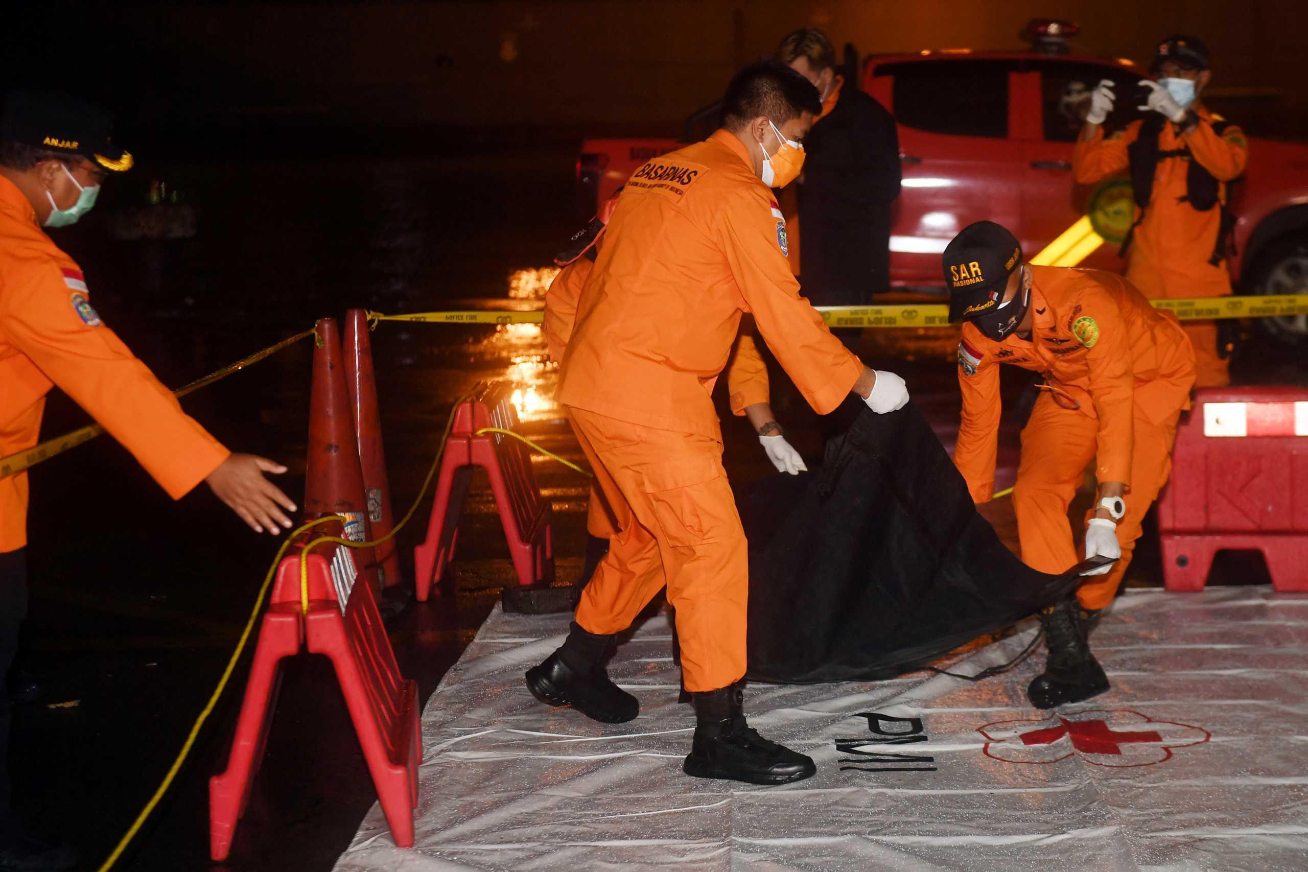 Boeing: Ειδικό εγχειρίδιο προς τους πιλότους μετά την τραγωδία της Sriwijaya Air