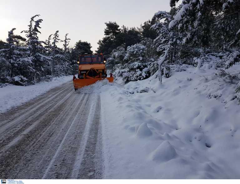 Η κακοκαιρία «Λέανδρος» χτυπά τη χώρα: Σε ποιες περιοχές θα χιονίσει – Η πρόγνωση για την Αττική