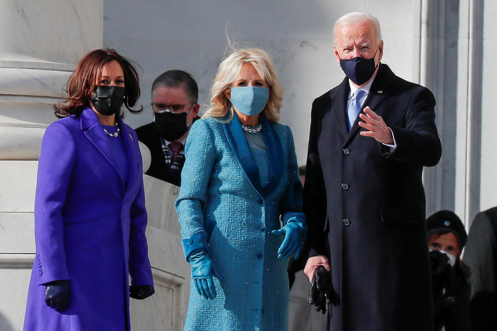 ΗΠΑ: Ποιους σχεδιαστές εμπιστεύτηκαν Τζιλ Μπάιντεν και Καμάλα Χάρις για την τελετή της ορκωμοσίας