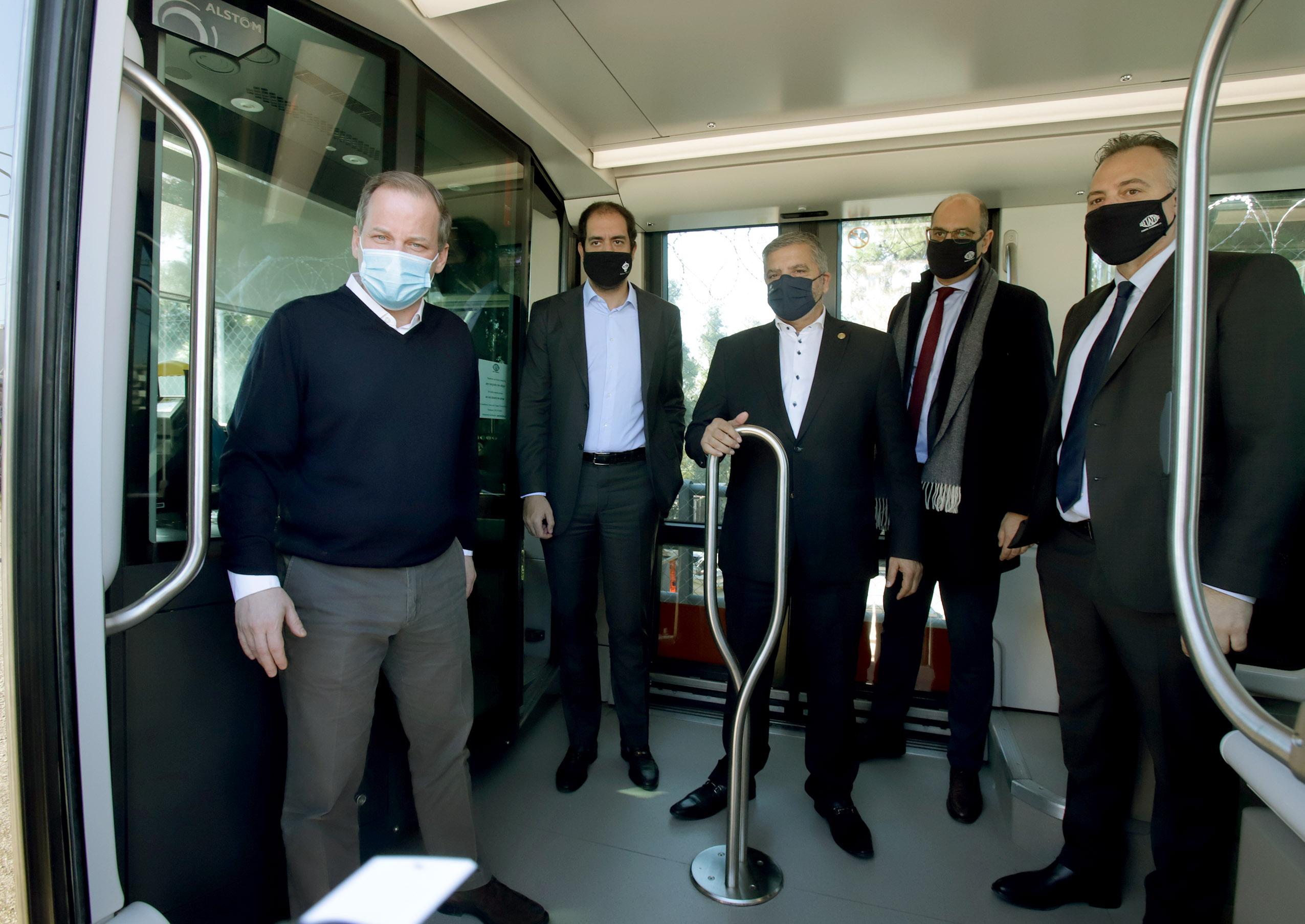 Καραμανλής: Το Τραμ επέστρεψε στο ΣΕΦ, προχωράμε την επέκταση προς Πειραιά (pics)