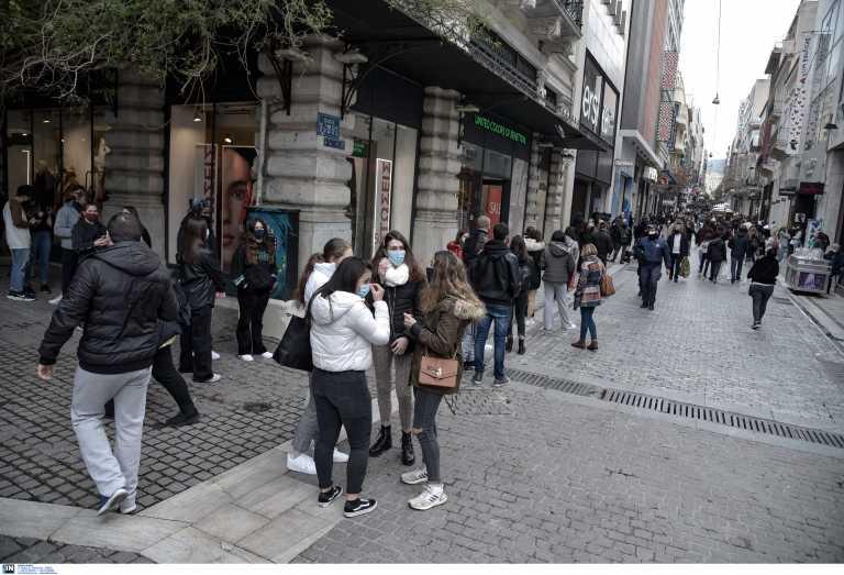 Ανοιχτά σήμερα τα καταστήματα – Τι είδη προτιμούν μέχρι στιγμής οι καταναλωτές