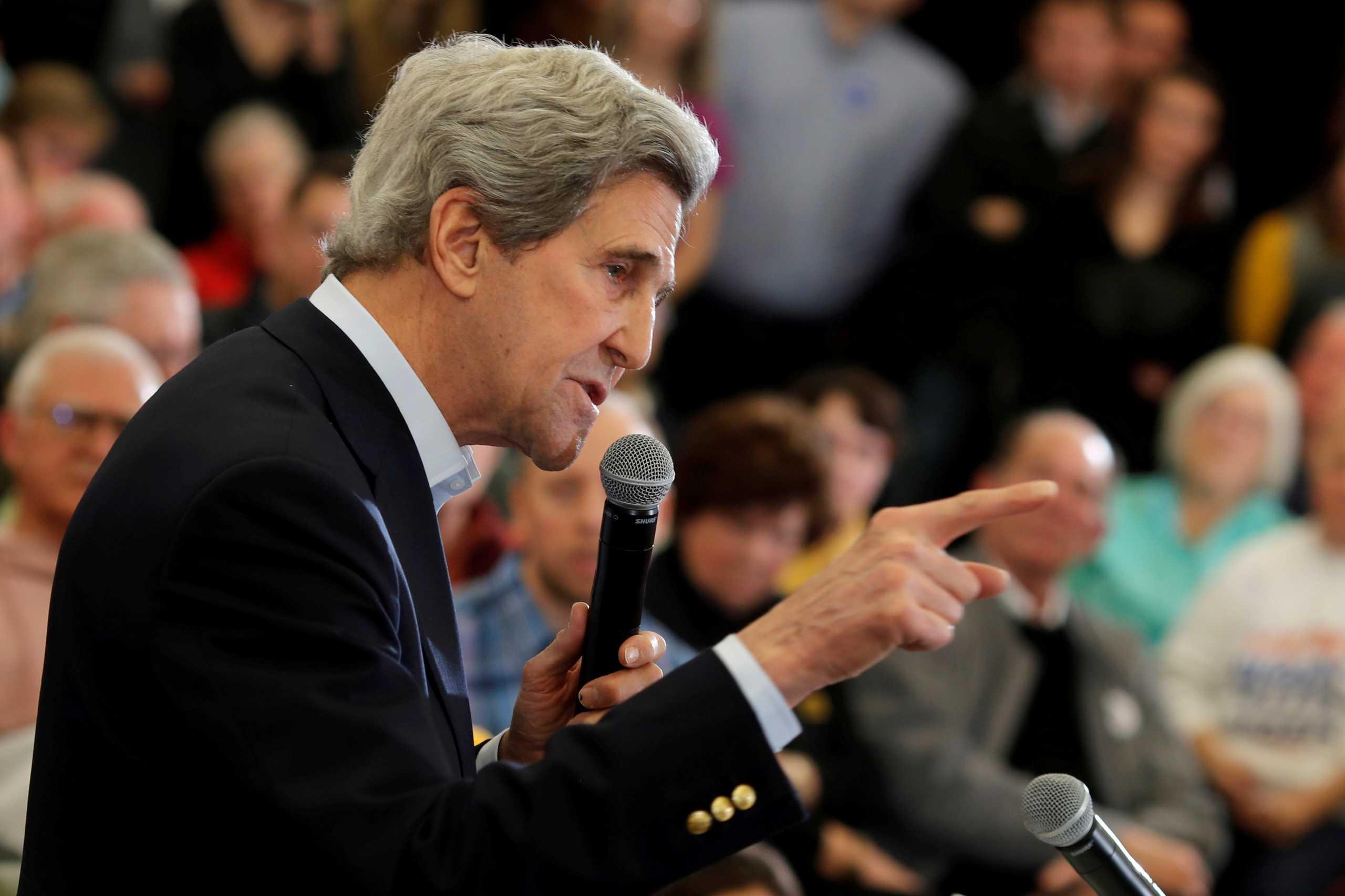 Yπέρ της διαπραγμάτευσης με την Ευρώπη για την κλιματική αλλαγή δηλώνει o απεσταλμένος των ΗΠΑ Τζον Κέρι