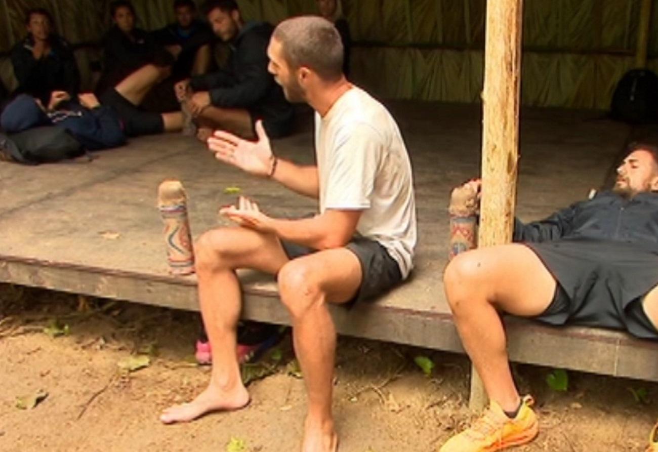 """Survivor: Οι Μαχητές υποκύπτουν στην """"κατάρα"""" του ψαρέματος και χωρίζονται σε στρατόπεδα"""
