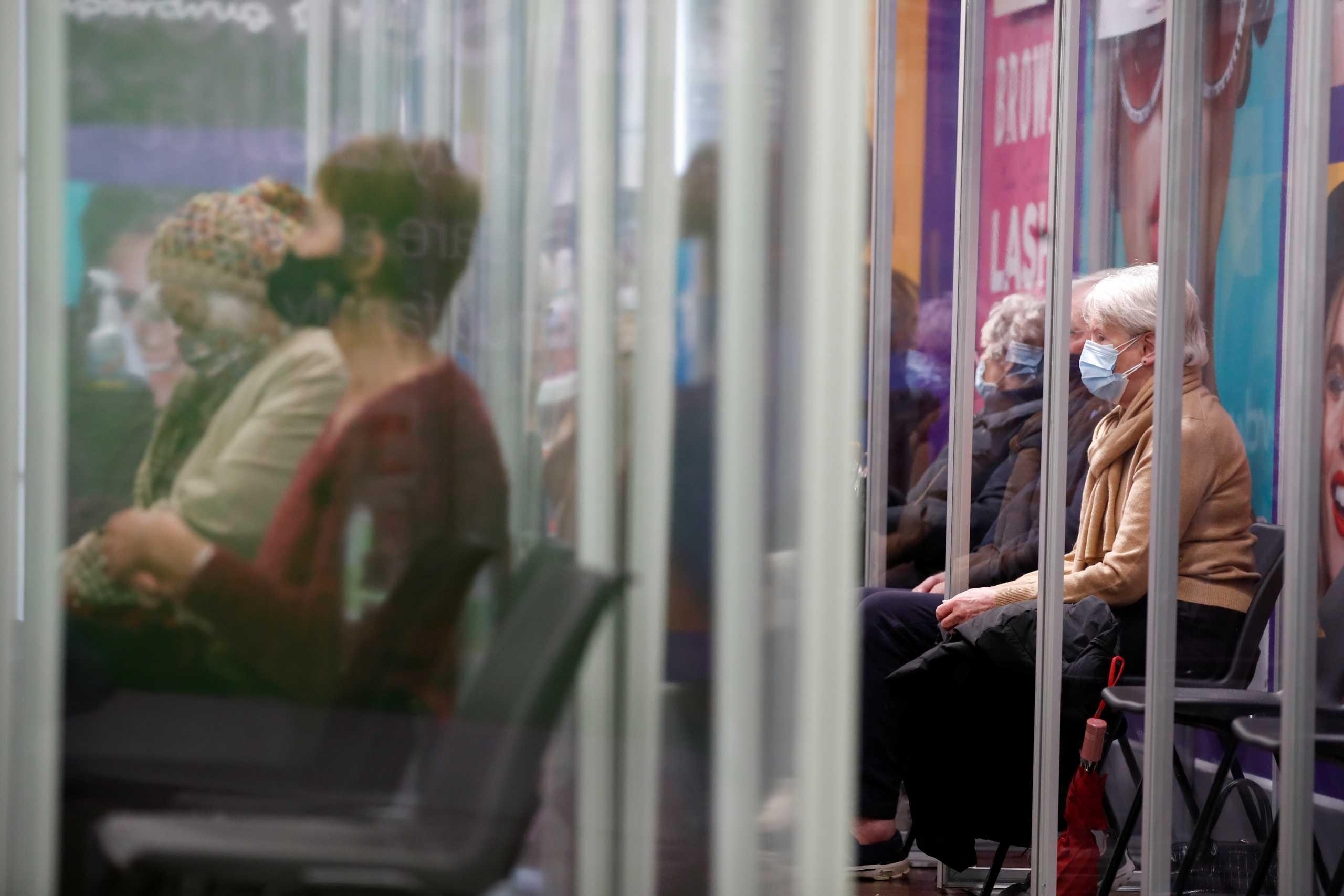 Κορονοϊός: Έκτακτη συνεδρίαση του ΠΟΥ για τις μεταλλάξεις