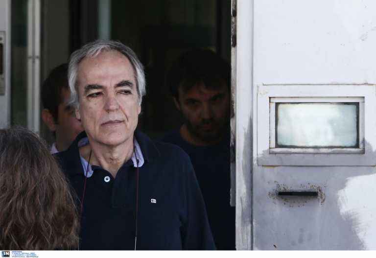 Λαμία: Στα επείγοντα του νοσοκομείου ο Δημήτρης Κουφοντίνας – Νέες επιπλοκές στην υγεία του δολοφόνου της 17 Νοέμβρη