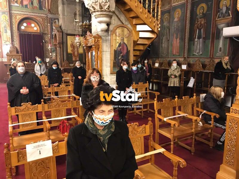 Λαμία – Θεοφάνεια: Μάσκες, συστάσεις και περιπολίες αστυνομικών – Η στάση των πιστών (pic, video)
