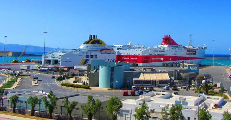 Συναγερμός στο Ηράκλειο Κρήτης: Γυναίκα έπεσε στο λιμάνι