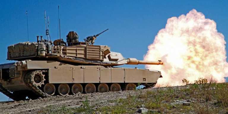 Ασταμάτητα τα άρματα μάχης Abrams σε κινούμενες βολές – Εντυπωσιακά πλάνα (video)