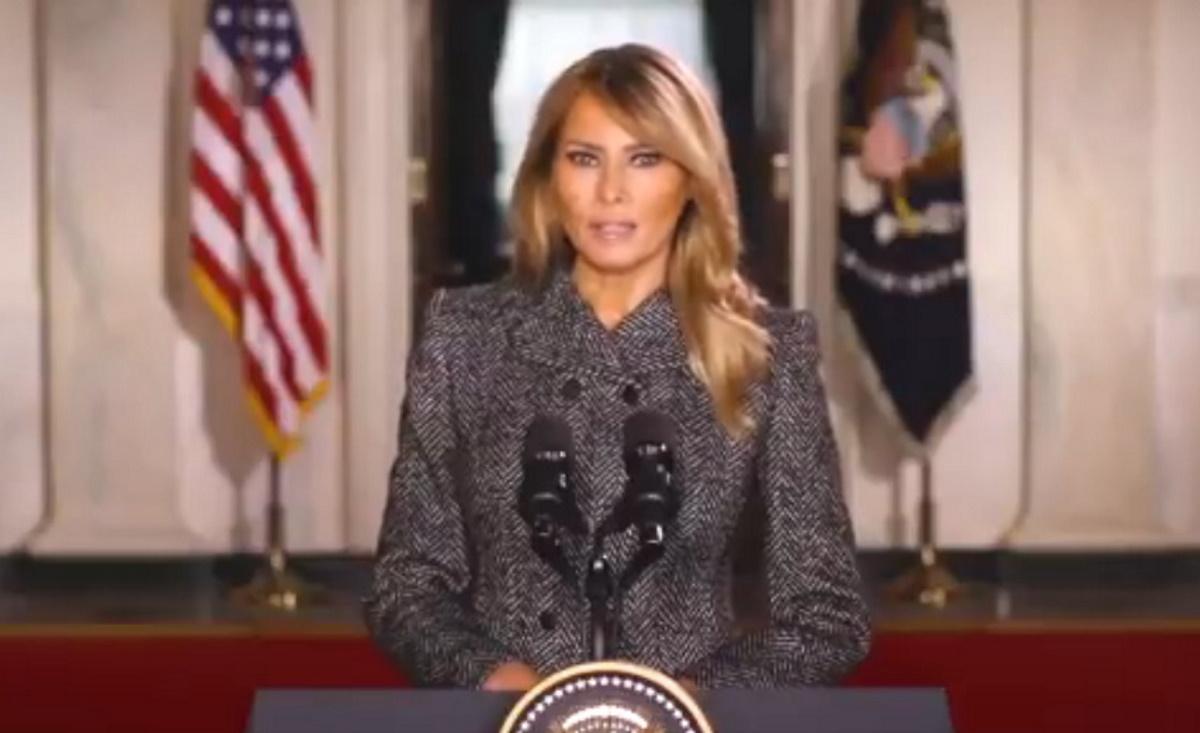 Έτσι αποχαιρέτησε τους Αμερικανούς ως Πρώτη Κυρία η  Μελάνια Τραμπ (video)