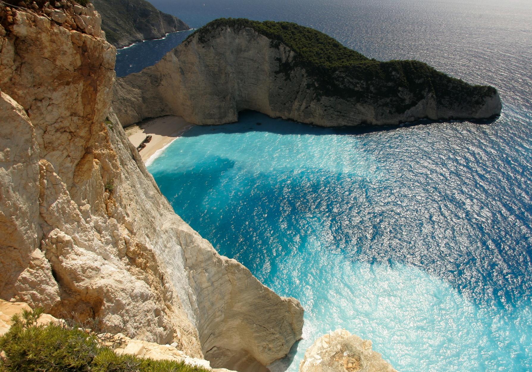 Τα εντυπωσιακά και θρυλικά ναυάγια της Ελλάδας