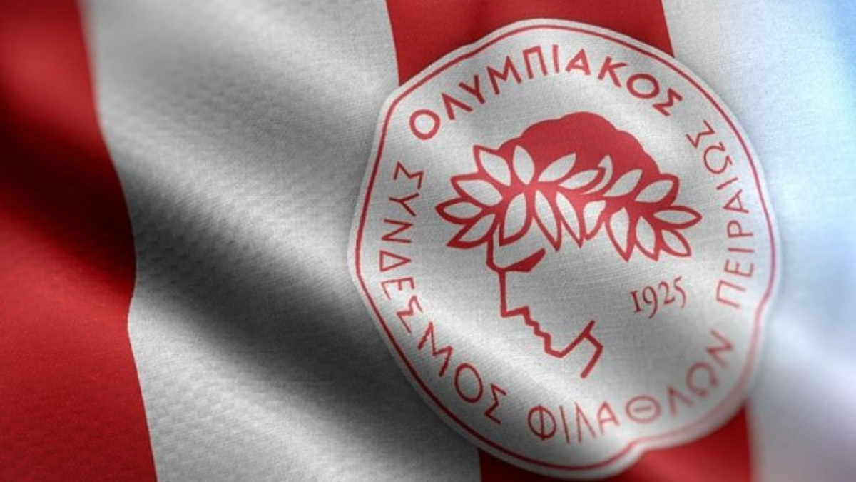 Ολυμπιακός: «Σημαιοφόρος της αλλοίωσης του πρωταθλήματος είναι  ο κύριος Καραμπέτσος»