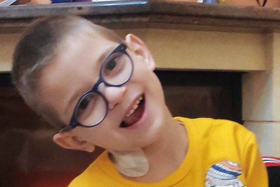 Κρήτη: Συγκλονίζει η ιστορία του παιδιού που διαγνώστηκε με όγκο στο μάτι – Η έκκληση για βοήθεια (video)