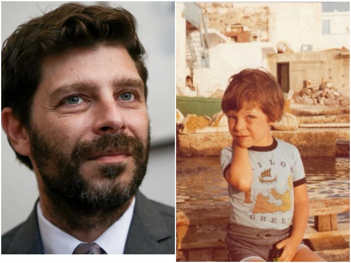 Νικόλας Γιατρομανωλάκης: Οι παιδικές φωτογραφίες και η άγνωστη πορεία του νέου Υφυπουργού Πολιτισμού