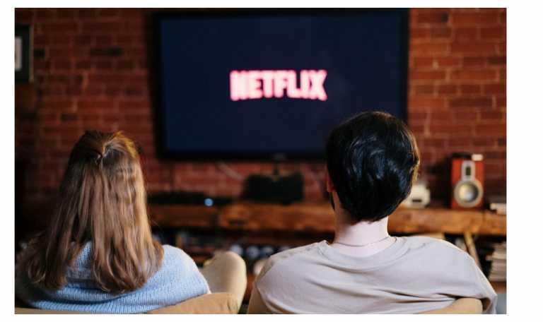 Ένα well spent night σημαίνει super ταινία σε super τηλεόραση!