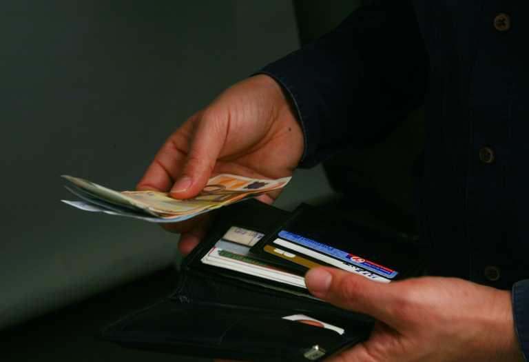 Ηράκλειο: Εργαζόμενη του δήμου βρήκε και παρέδωσε πορτοφόλι