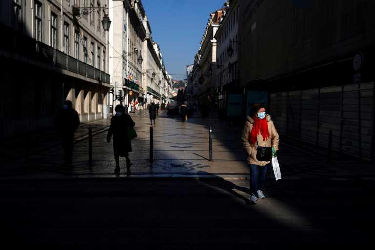 Θετικός στον κορονοϊό και ο υπουργός Οικονομίας της Πορτογαλίας