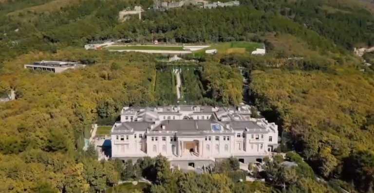 Απεταξάμην το «παλάτι» – Πούτιν διαψεύδει Ναβάλνι για την ασύλληπτη χλιδή (video)