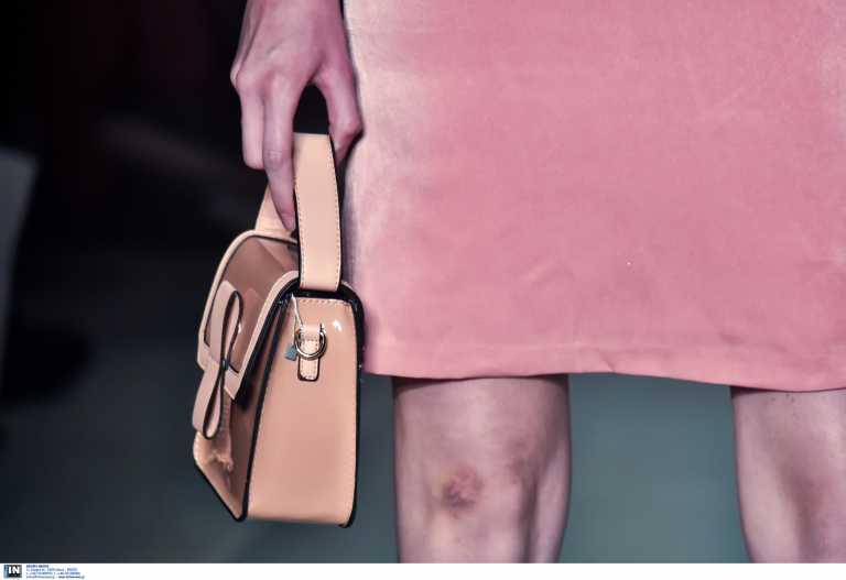 Πωλήτριες ρούχων δέχονται σεξουαλική παρενόχληση online – Ζητούν ακόμα και τα φορεμένα τους εσώρουχα