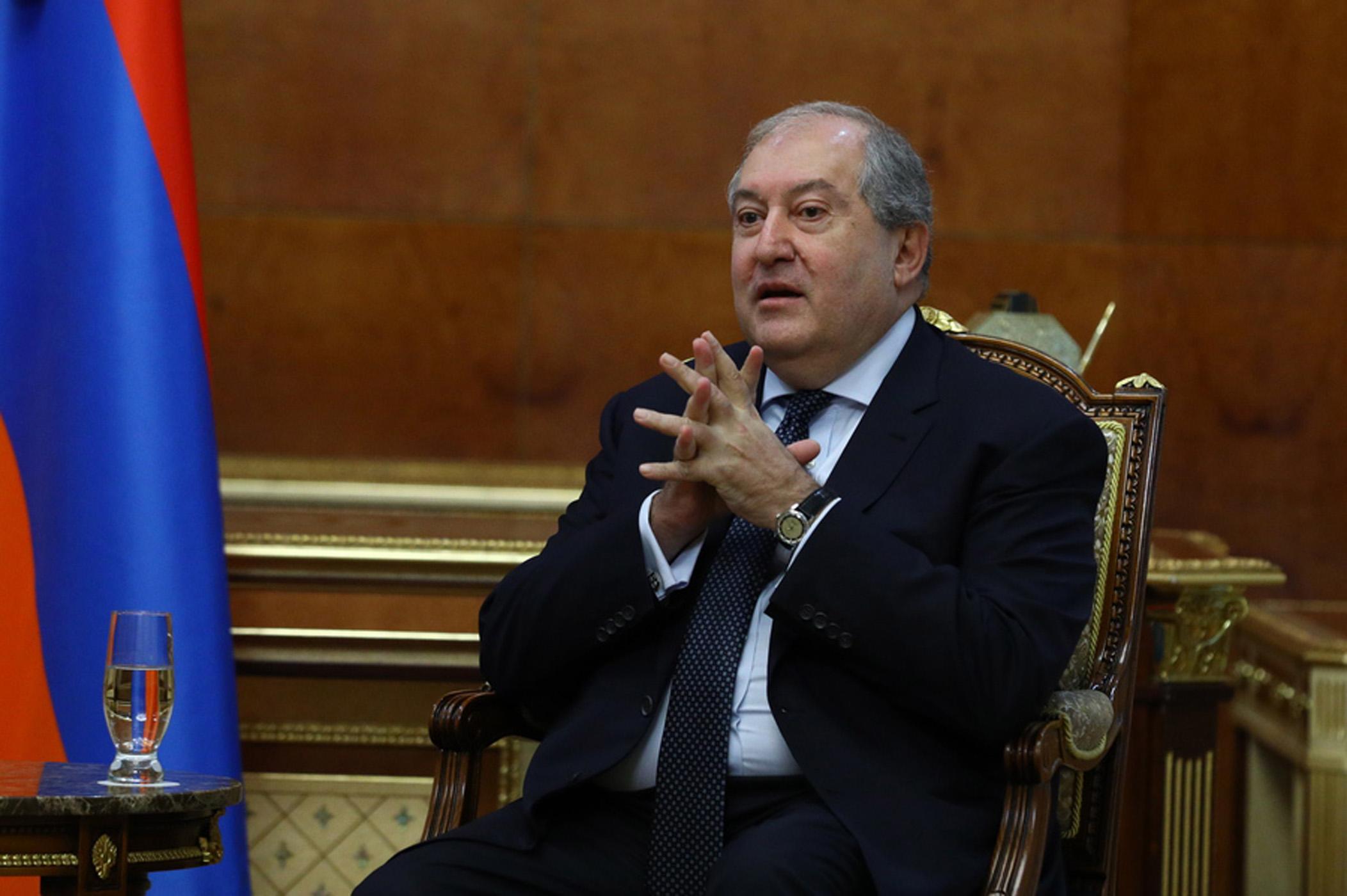 Αρμενία: Ο πρόεδρος Σαρκισιάν με κορονοϊό στο Λονδίνο