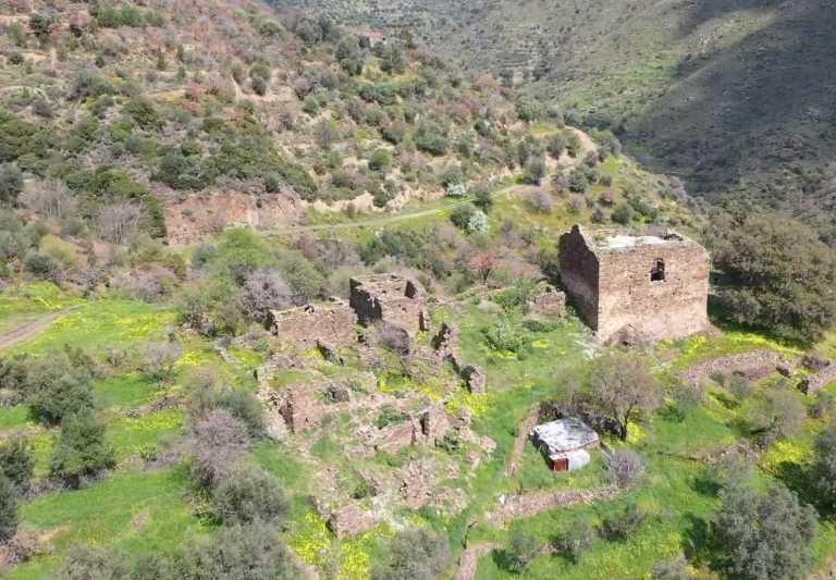 Τα Μάρκου: Το ελληνικό χωριό με το παράξενο όνομα που δεν έχει ούτε έναν κάτοικο