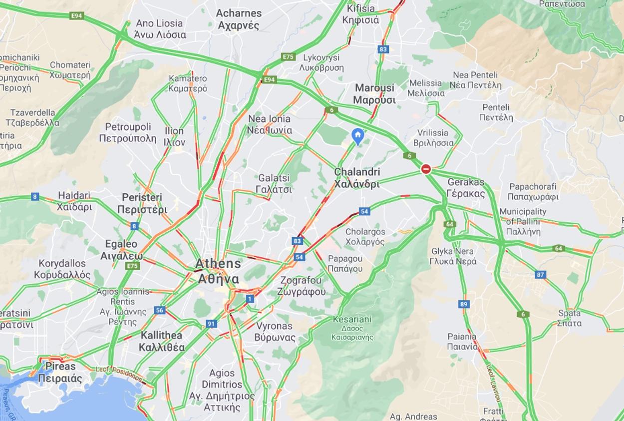 Πολύ αυξημένη η κίνηση στους δρόμους – Δείτε που