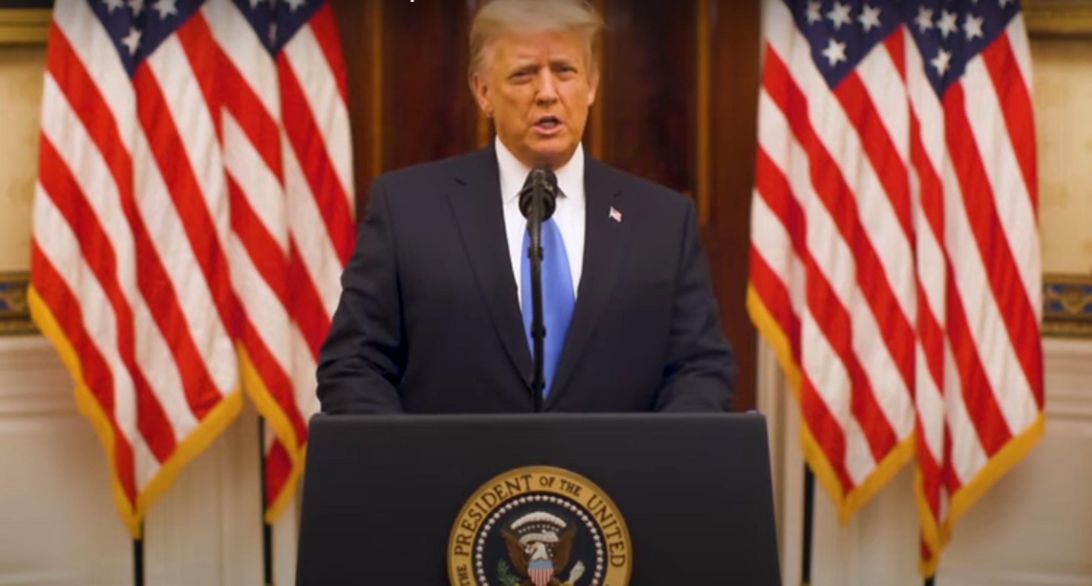 Ντόναλντ Τραμπ: «Λίγος» και στο αντίο του – Επί 20 λεπτά έπλεκε το εγκώμιό του και ο Μπάιντεν αόρατος