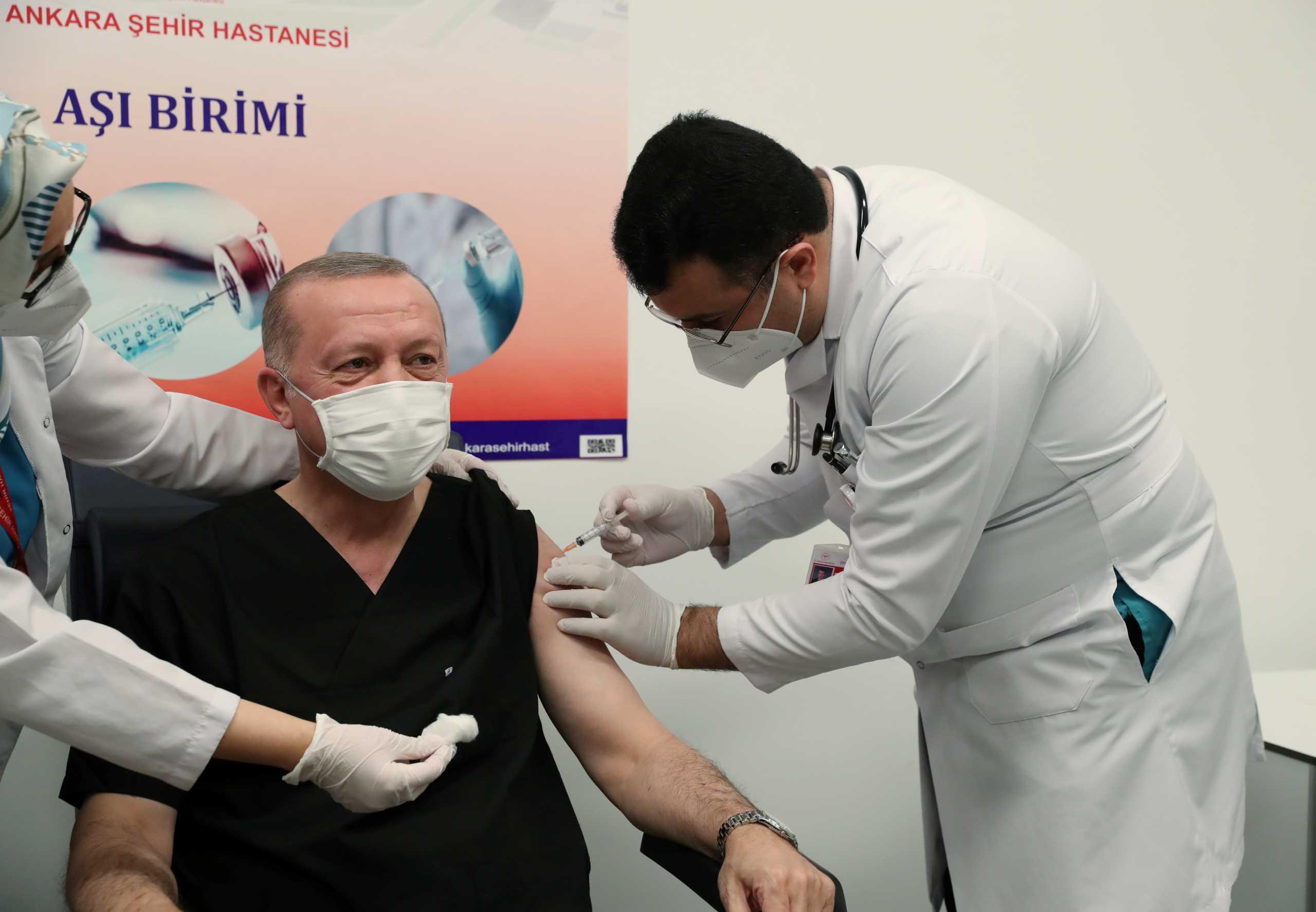 Κορονοϊός – Τουρκία: 7.590 κρούσματα και 94 θάνατοι σε 24 ώρες