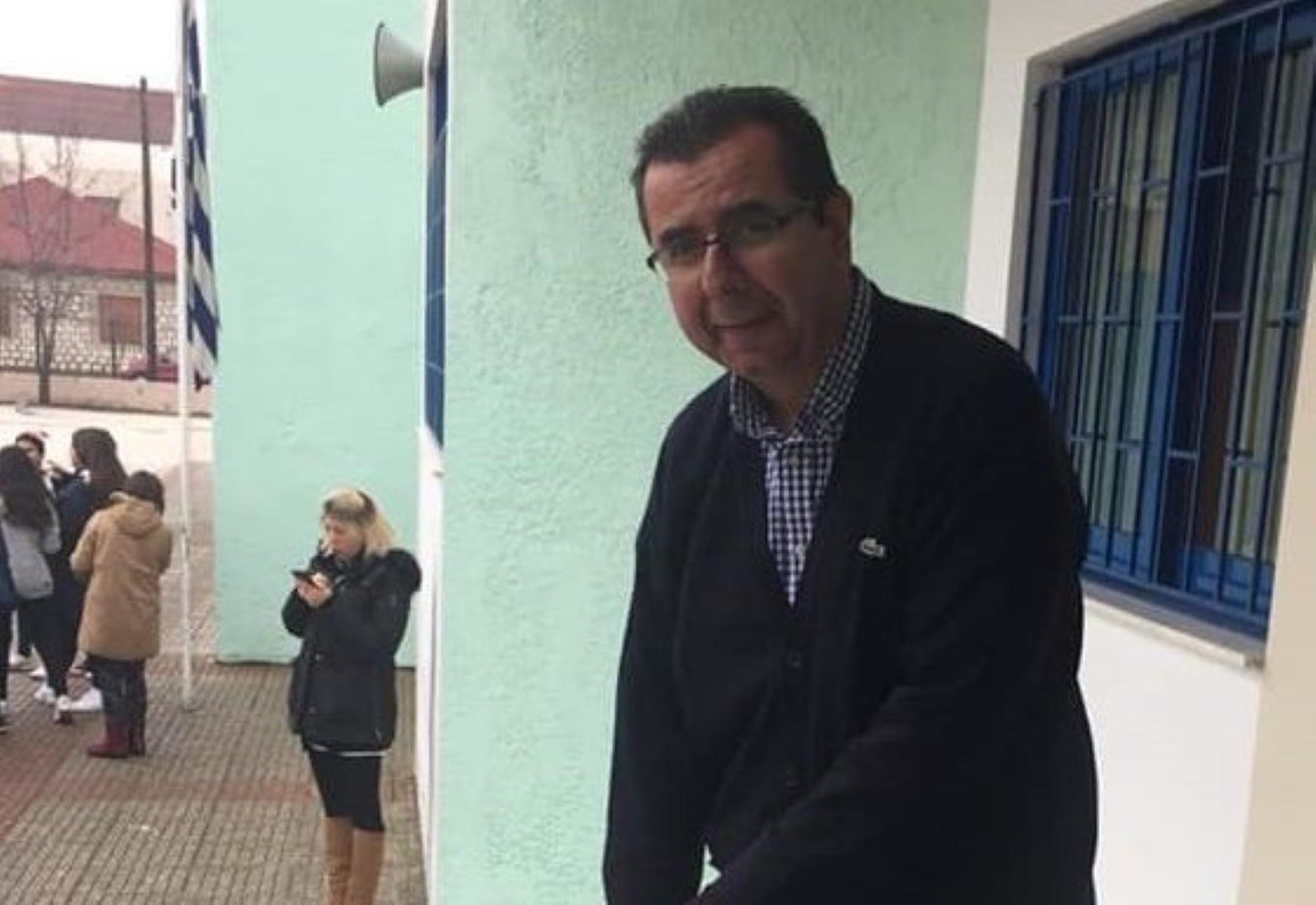 Κορονοϊός: Θρήνος στην Καρδίτσα για τον θάνατο του εκπαιδευτικού Γιώργου Τζιώτα (video)