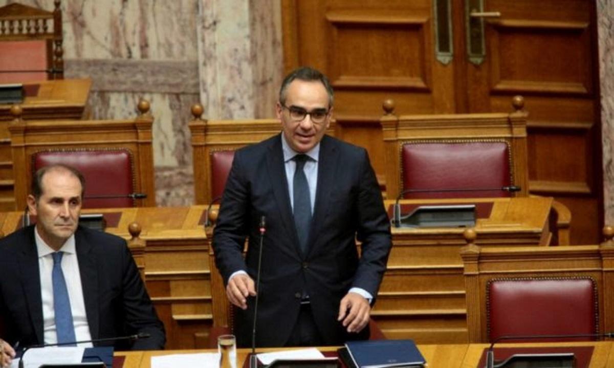 Κοντοζαμάνης: «Αύξηση των εμβολιασμών στην Ελλάδα με την αξιοποίηση της 6ης δόσης ανά φιαλίδιο»