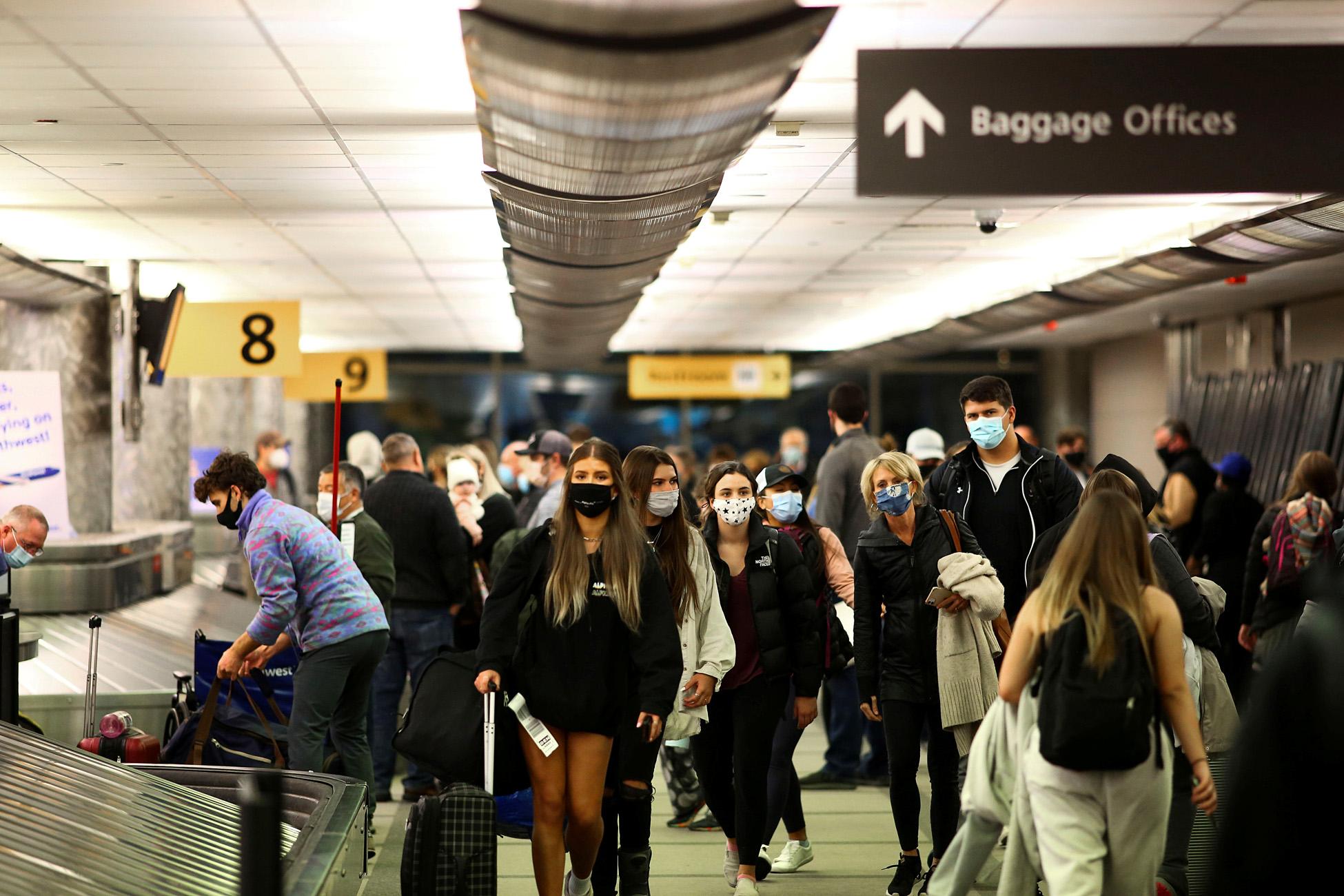 ΗΠΑ: Υποχρεωτική χρήση μάσκας στα μέσα μεταφοράς