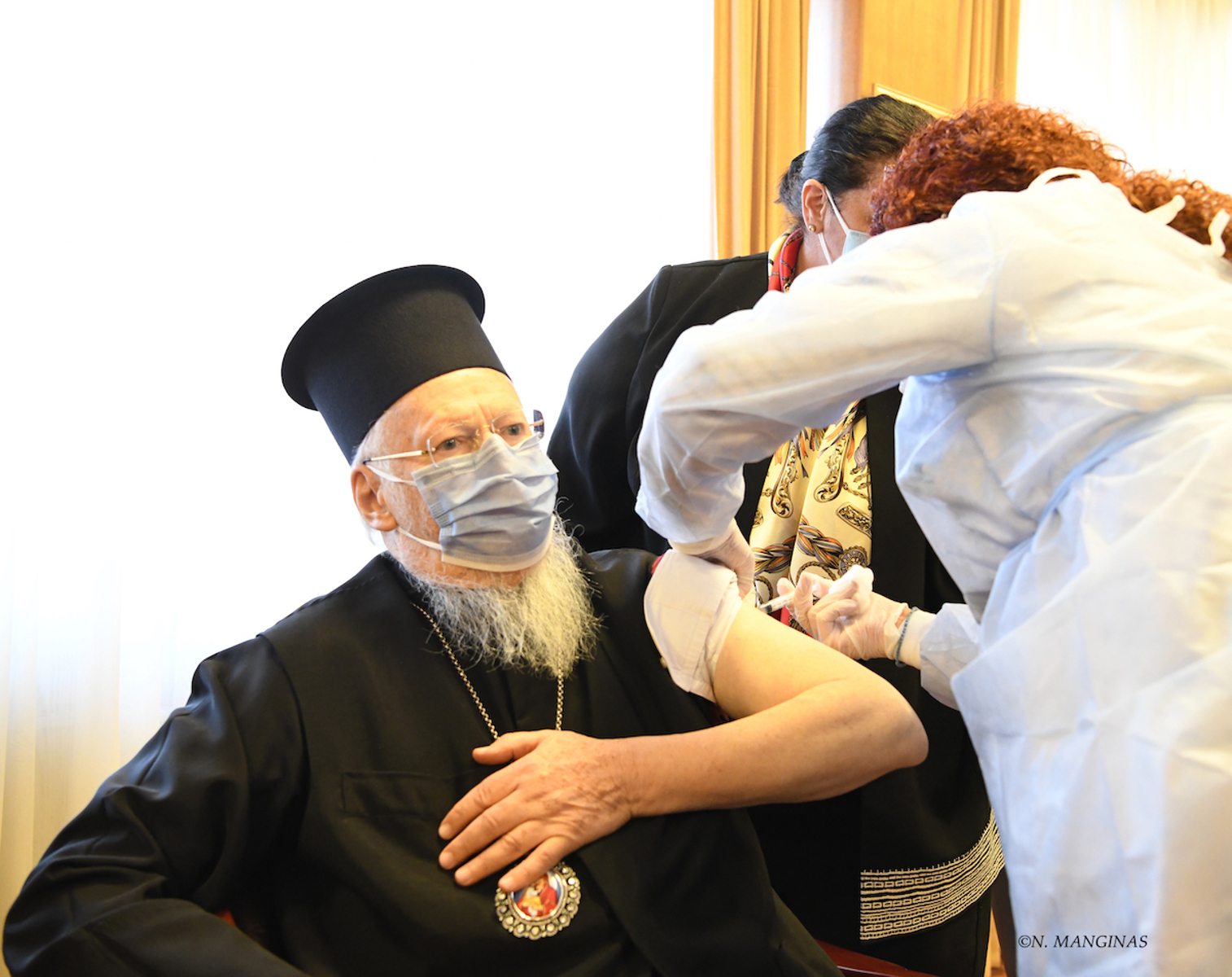 Ο Οικουμενικός Πατριάρχης Βαρθολομαίος εμβολιάστηκε κατά του κορονοϊού