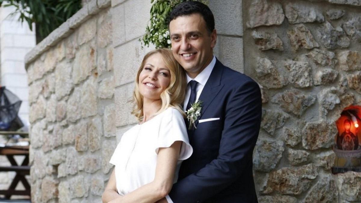 Bασίλης Κικίλιας – Τζένη Μπαλατσινού: Η πρώτη κοινή φωτογραφία του ζευγαριού μετά τη γέννηση του γιου τους