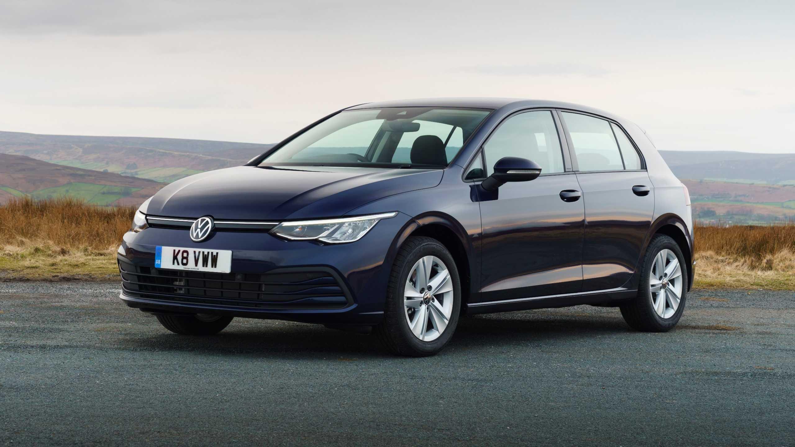 Η Volkswagen ανακαλεί πάνω από 50.000 νέα Golf για προβλήματα στο λογισμικό