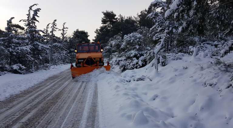 Καιρός: Ο «Λέανδρος» έσπασε ρεκόρ 16 ετών! Ποιες περιοχές «πνίγηκαν»περισσότερο στο χιόνι (pics)