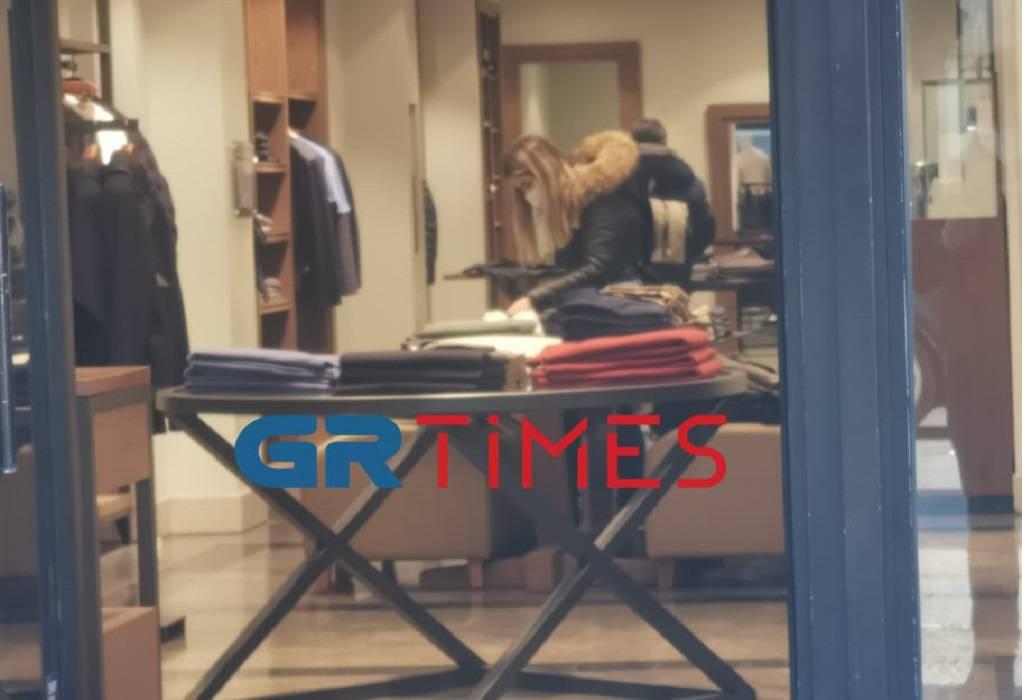 Θεσσαλονίκη: Έτσι άνοιξαν τα εμπορικά καταστήματα – Οι πρώτοι που μπήκαν για να ψωνίσουν