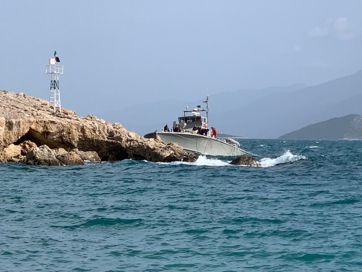 Περιπολικό ΚΥΚΝΟΣ: Να πού προσάραξε στη Σάμο το σκάφος του ΠΝ [pics]