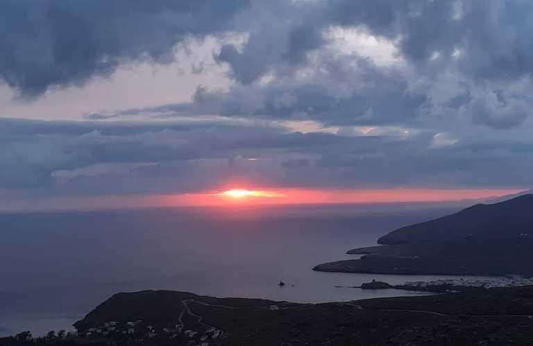 Daily Telegraph: Τα 15 καλύτερα ελληνικά νησιά να επισκεφθείς μετά την πανδημία – Θάλασσα, ήλιος και καλό φαγητό