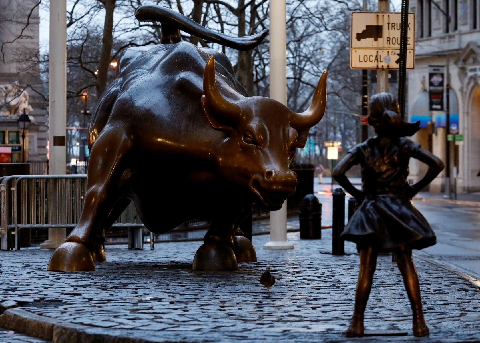 Πέθανε ο δημιουργός του Ταύρου της Wall Street