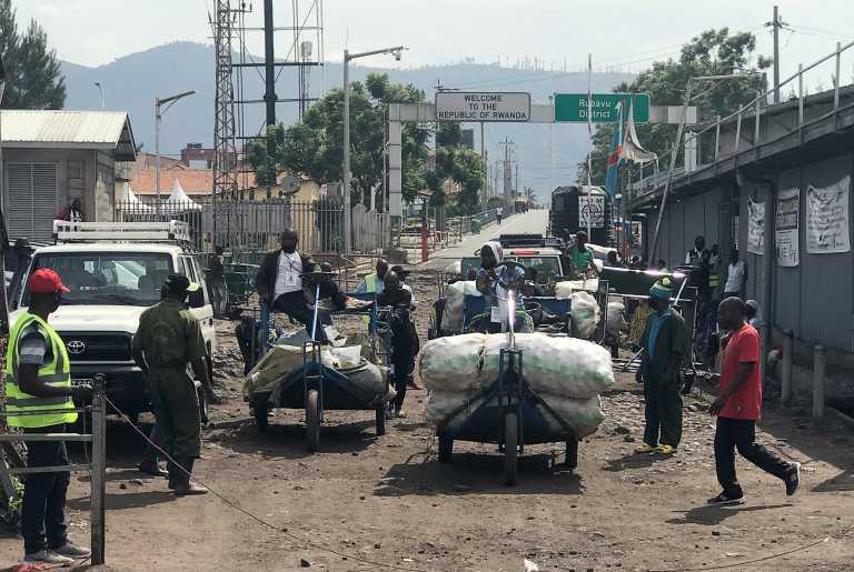 Κονγκό:Σκοτώθηκε ο πρεσβευτής της Ιταλίας σε επίθεση εναντίον αυτοκινητοπομπής του ΟΗΕ (pic)