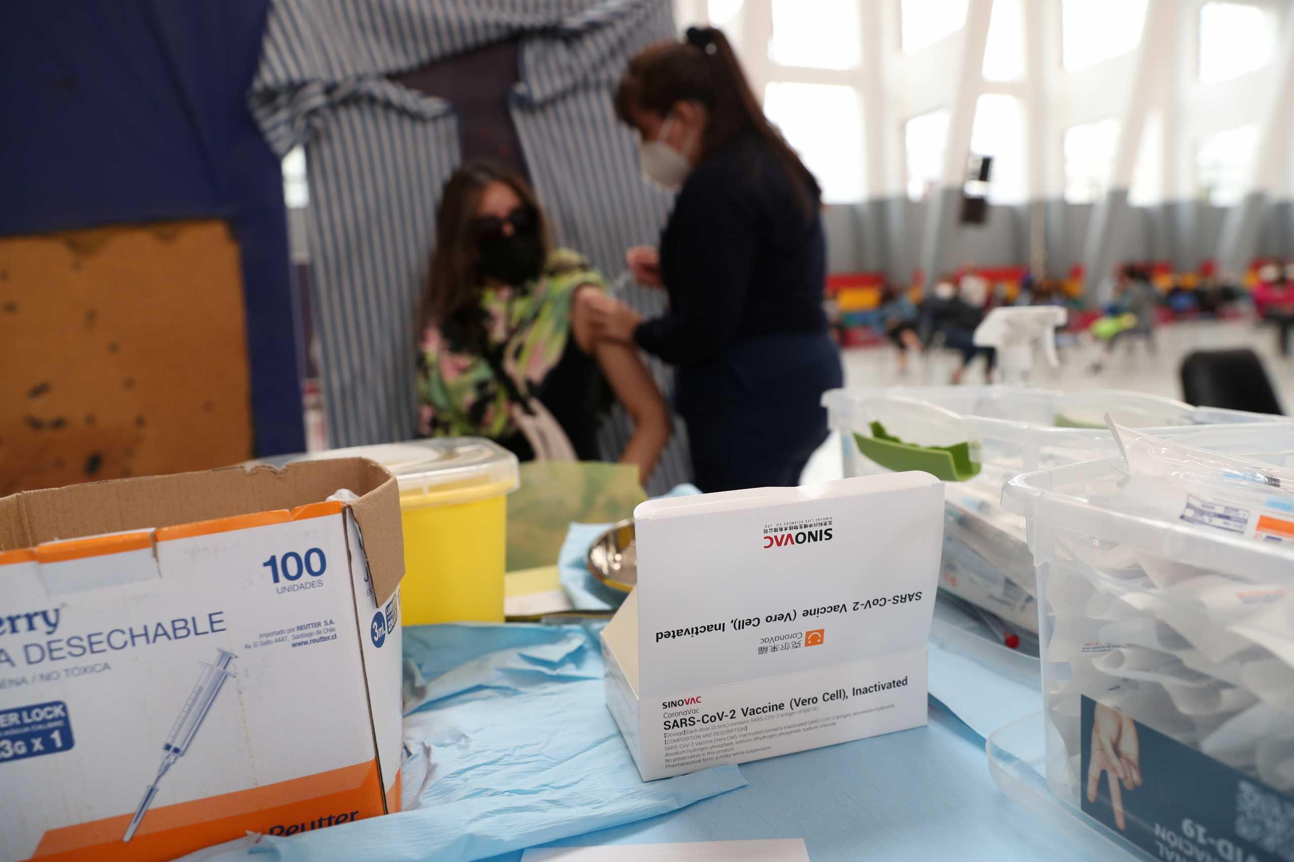 Φιλιππίνες: Άδεια κατεπείγουσας χρήσης στο κινεζικό εμβόλιο κατά του κορονοϊού