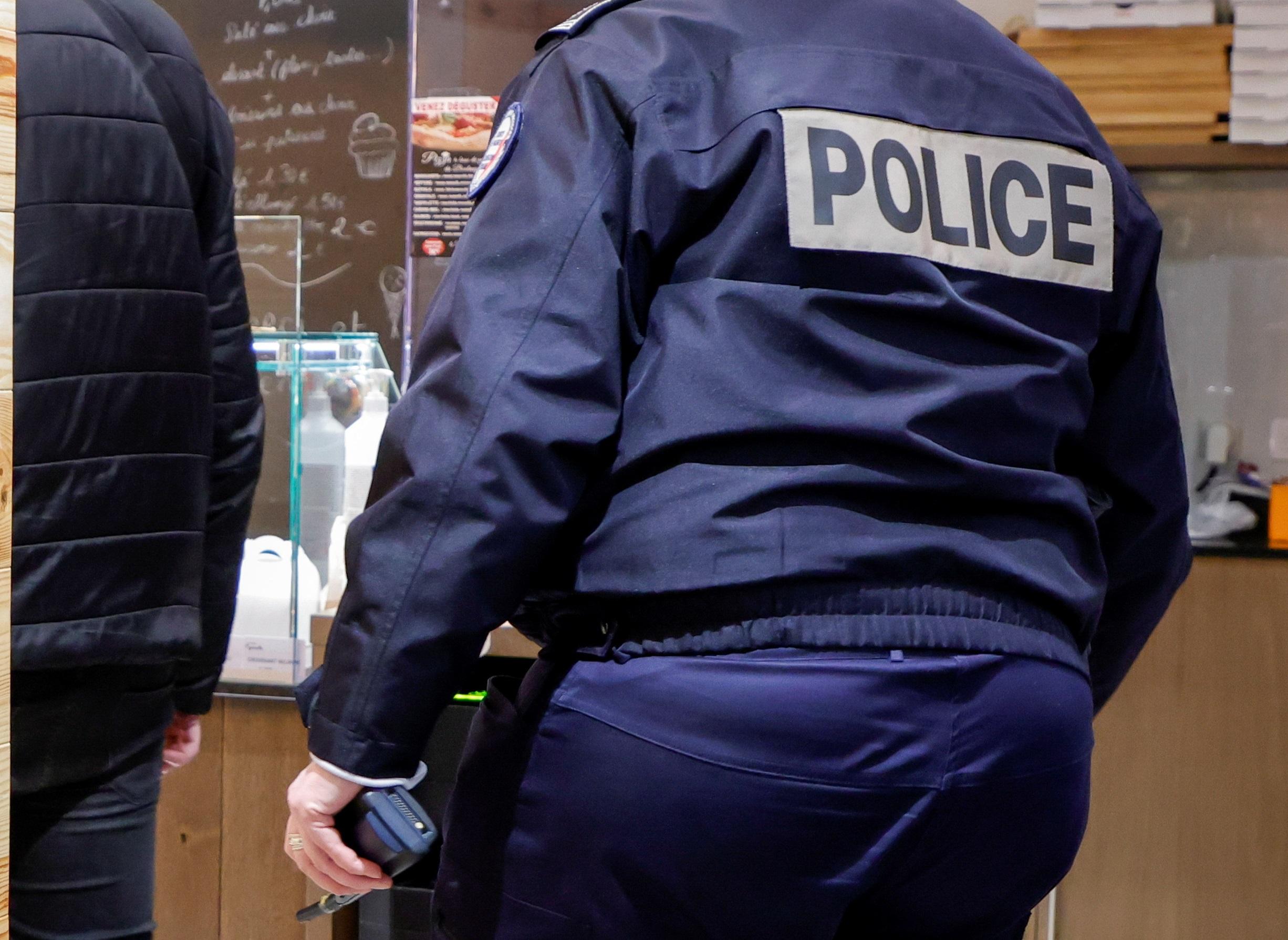 Γαλλία: Νεκρός έπεσε ο προϊστάμενος κέντρου μεταναστών – Μαχαιρώθηκε από Σουδανό