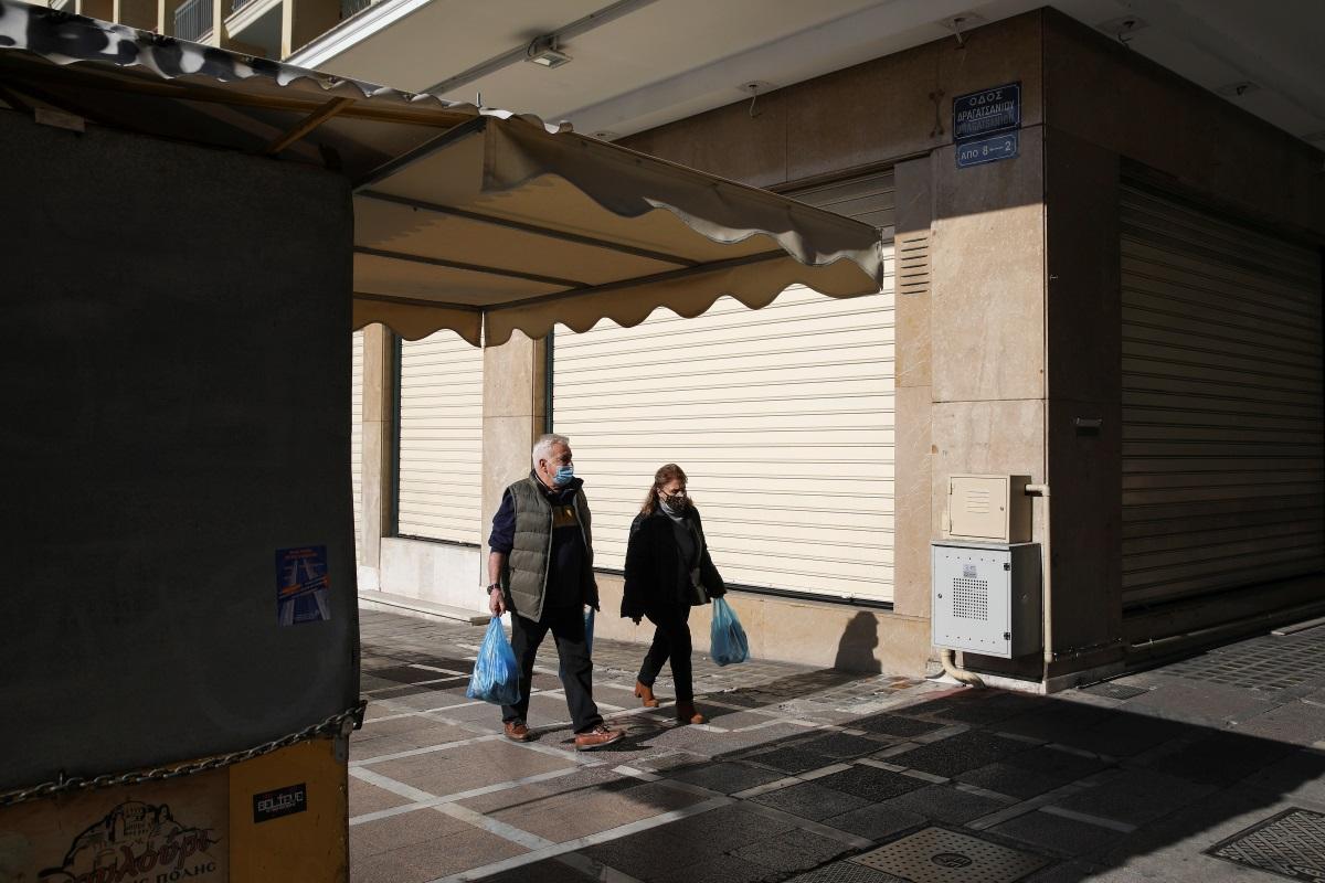 Κορονοϊός: Επιμένει η Αττική – «Βράζει» το κέντρο της Αθήνας – Πώς κατανέμονται τα κρούσματα ανά την Ελλάδα