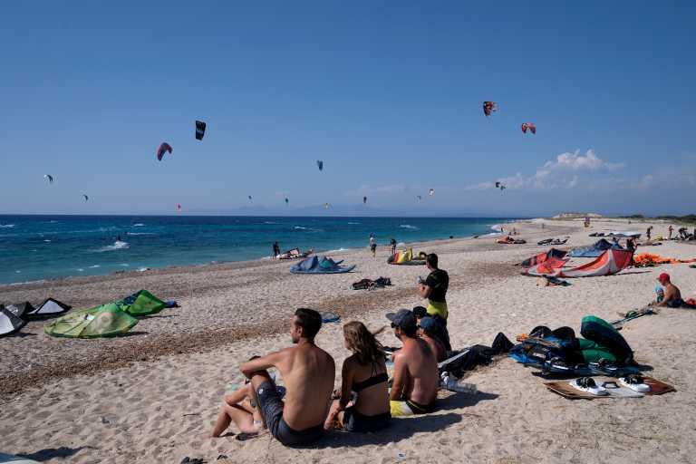 Αυστρία: Κορυφαίος καλοκαιρινός προορισμός η Ελλάδα – Πότε ξεκινούν οι τουριστικές πτήσεις
