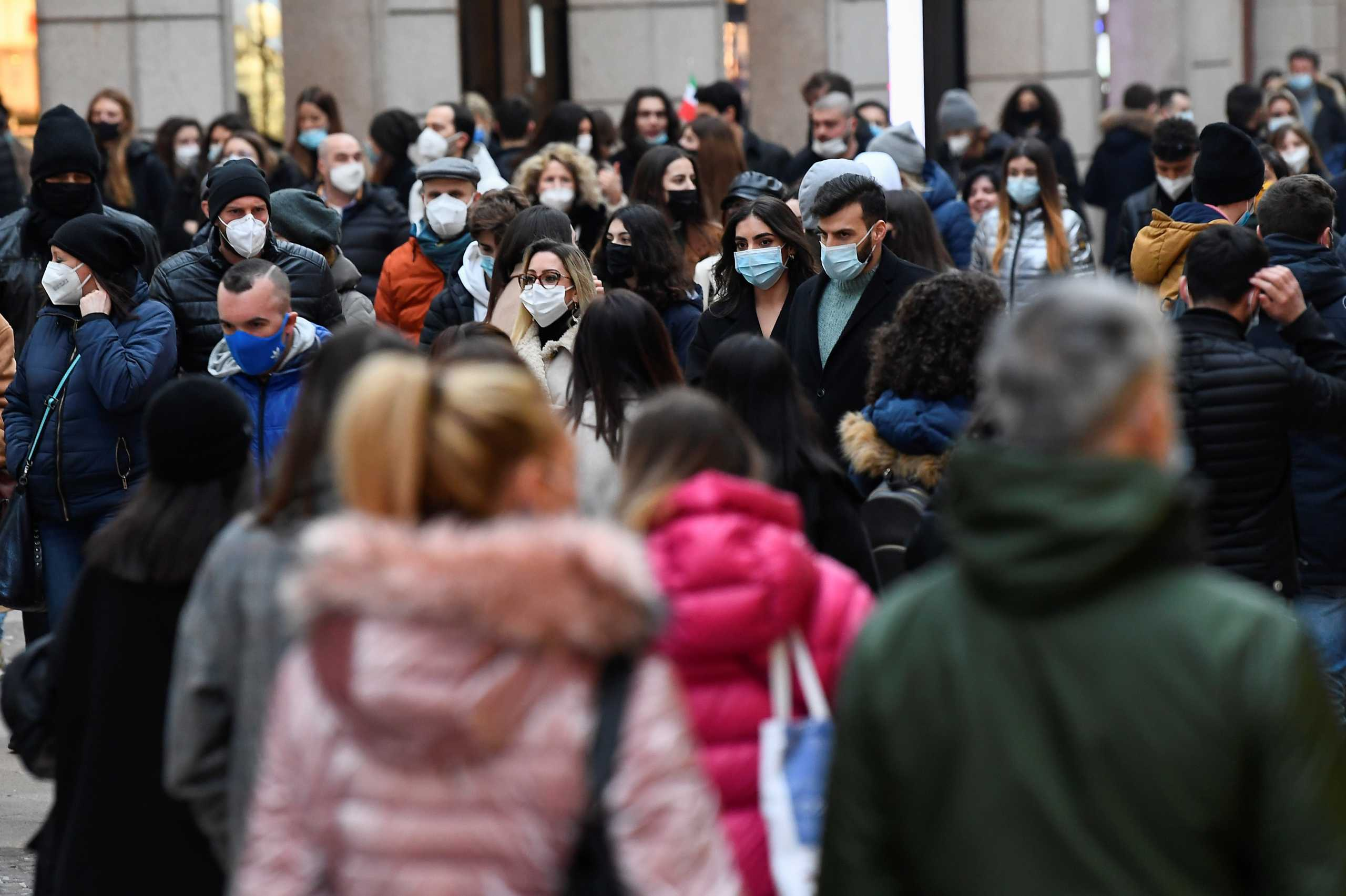 Ιταλία: 347 νεκροί και πάνω από 13.700 νέα κρούσματα