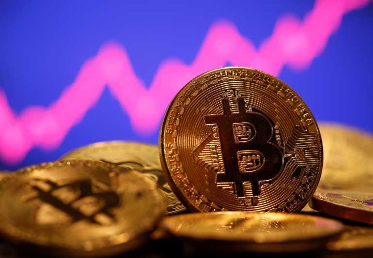 To bitcoin ανέκτησε μέρος των απωλειών που κατέγραψε μετά την