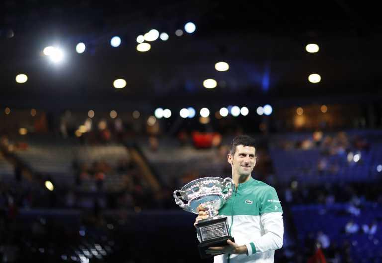 Australian Open: Περίπατος του Τζόκοβιτς που κατέκτησε το 18 Grand Slam της καριέρας του (video)