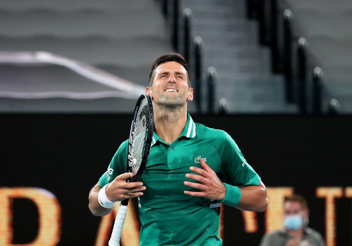 «Αλύγιστος» Τζόκοβιτς, «ανέτρεψε» τον Ζβέρεφ και πέρασε στα ημιτελικά στο Australian Open